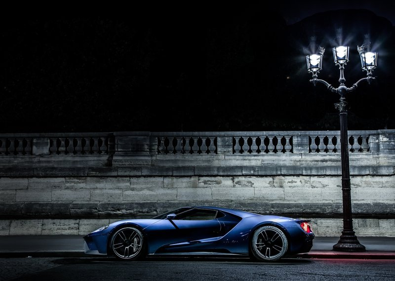 2017 Ford GT Side Movement