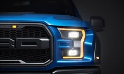 Ford F-150 Raptor 2017 - Front Lamps Design