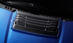 Ford F-150 Raptor 2017 - Grille On The Bonnet