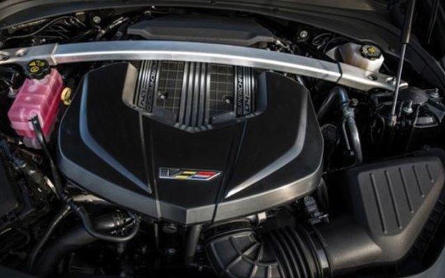 Cadillac XT4 2018 года - фото, характеристики, цена новой модели Cadillac